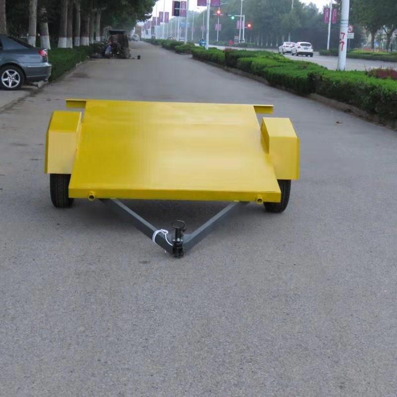 平板拖车为什么不能够随意的放置?