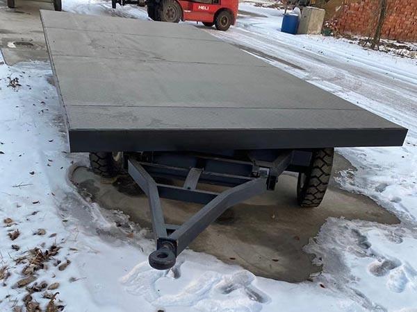 如何保养平板拖车?